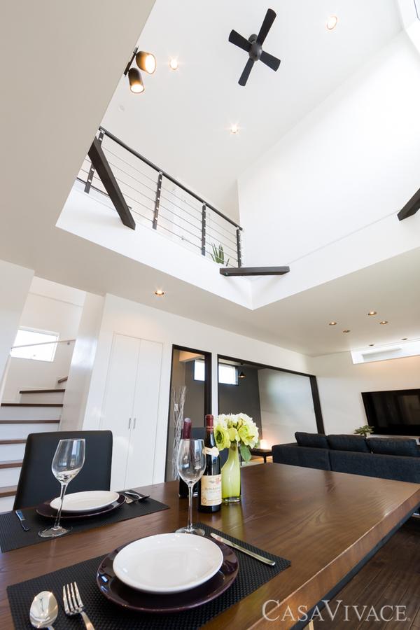 こんなデザイン住宅も建築サポートなら坪単価50万円台!